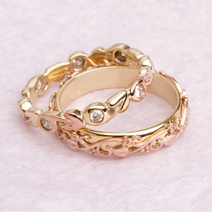 Put a #ring on it...  ...a #welsh #gold one at that!  https://www.clogau.co.uk/Jewellery/Rings/Gold.aspx?utm_content=bufferc5043&utm_medium=social&utm_source=pinterest.com&utm_campaign=buffer