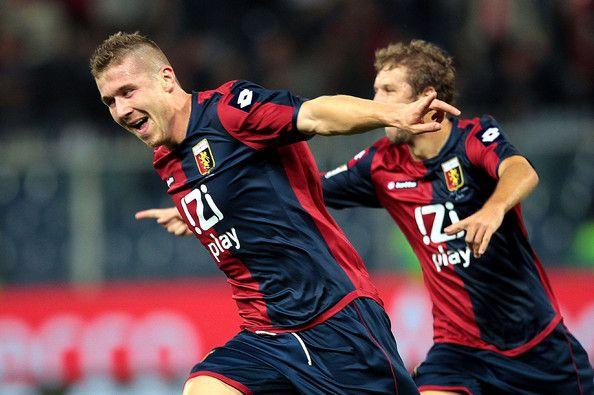Juraj Kucka i Genoa indtil 2019!
