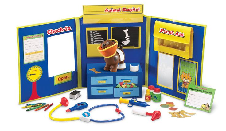Pretend and Play 34-Piece Animal Hospital Set