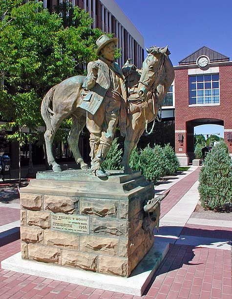 Statue of Charlie Russell and Monte in Great Falls, Montana