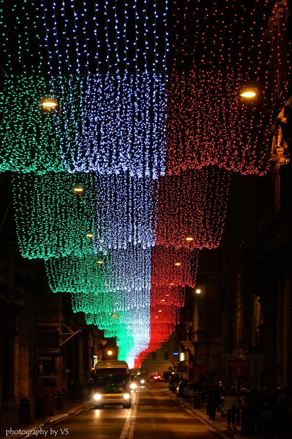 Under the flag, Christmas in Rome