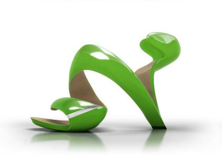 I am kinda mesmerized by this Mojito shoe, by Julian Hakes.  I'm trying to imagine what they would look like on my feet...