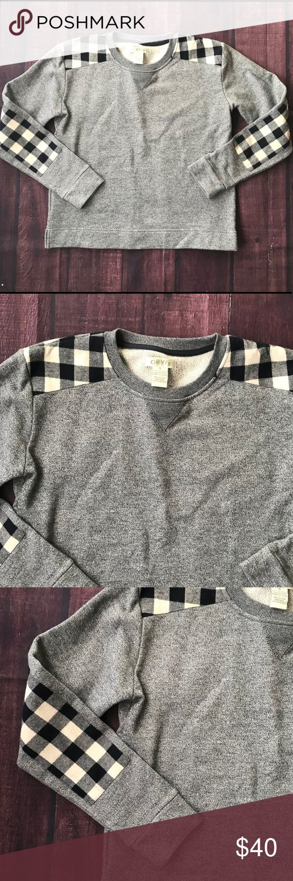 Orvis Plaid Elbow Patch Pullover Sweater Small Cutest little plaid elbow patch sweater or pullover. Cotton and polyester.  Excellent condition from a smoke free home.  Shoulders about 16 Bust about 21 Sleeve about 22 Length about 22.5 Orvis Sweaters Crew & Scoop Necks