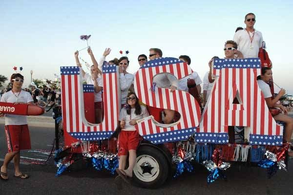 pictures of parades | Surprise Memorial Day Parade Picture - Pictures of Parades in Arizona ...