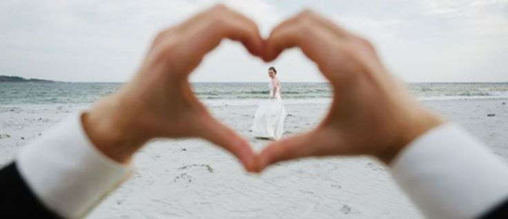 We have gathered most creative wedding photography ideas and poses to inspire your wedding day photo shoot. From traditional pictures to non-traditional ideas, we will help you make an amazing wedding album.
