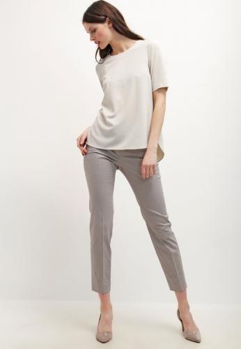 #S.oliver pantaloni taupe Grigio talpa  ad Euro 36.00 in #S oliver #Donna saldi abbigliamento