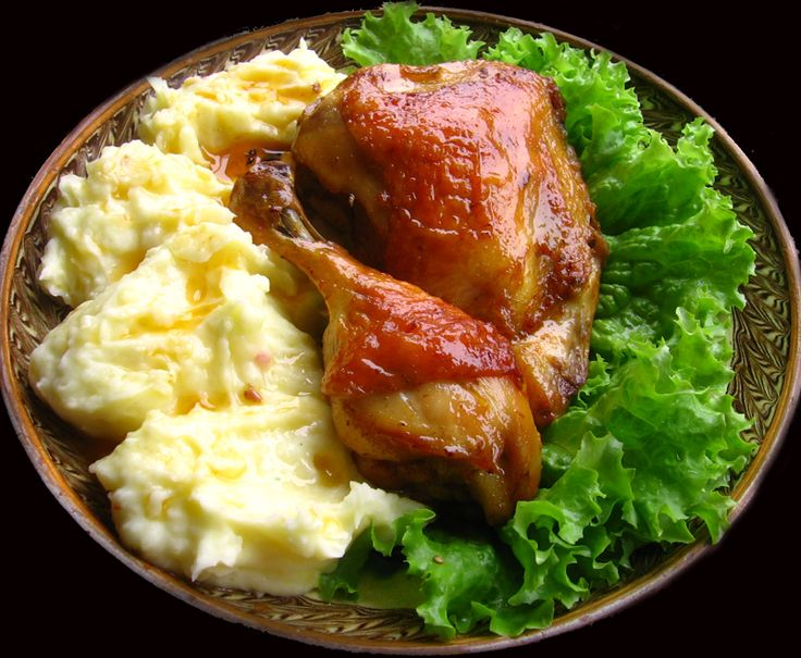 /Chicken legs made in the oven served with mashed patatoes/Pulpe de pui la cuptor cu piure de cartofi - Romanian Recipe