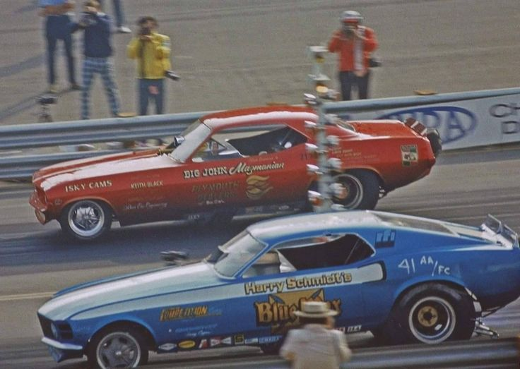The  Big John  Mazmanian Cuda and  Blue Max  Mustang launch in a. Mustang FastbackFord MustangAuto ... & 2622 best 1320 - Funny Cars images on Pinterest | Funny cars Drag ... markmcfarlin.com
