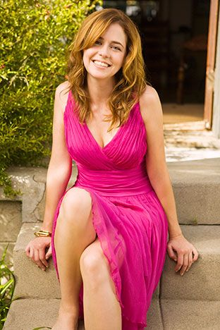Jenna Fischer, the cute girl next door who never lived next door to me.