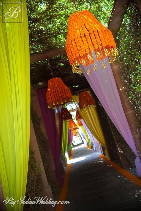 Marigolds in Indian wedding; Photo courtesy: Photo Khichega