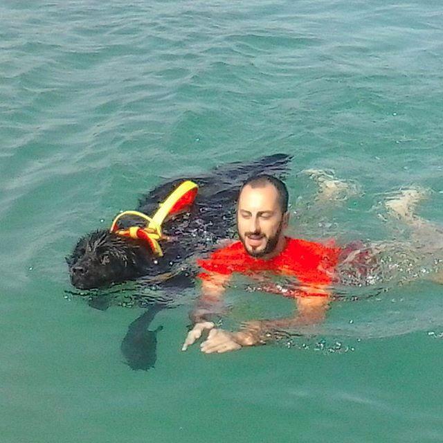 Fulvio e Bes nel nuoto affiancato