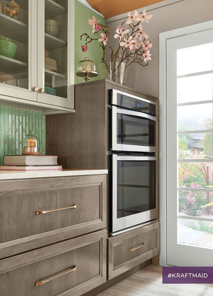 4 STORAGE SOLUTIONS FOR A KITCHEN THAT