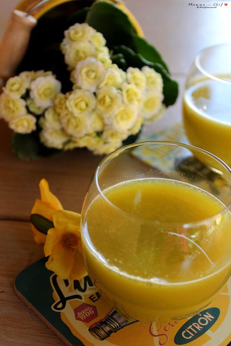 L'Estratto di zucchine, lime, arance, pera e zenzero è un succo dal sapore fresco, molto dissetante, ricco di vitamine e sali minerali.