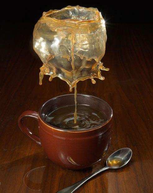 High-speed photo of splashing coffee