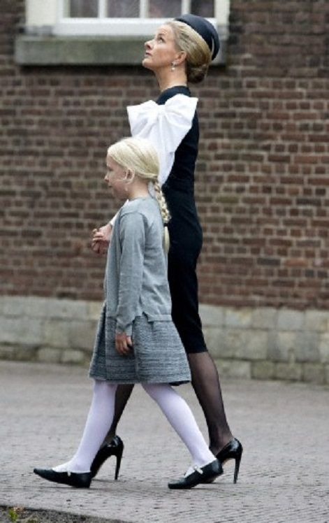 Princess Mabel and daughter Countess Luana at the Old Church in Delft, The Netherlands, for the memorial of Prince Friso, 02.11.13.