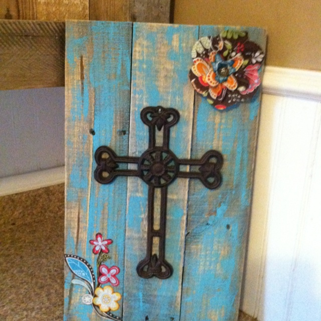 Diy recycled wooden pallet project pallet love pinterest for Diy recycled projects