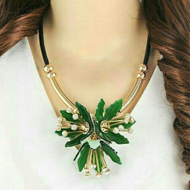 Saya menjual Kalung Fashion MARNI flower pendant decorated simple design -RA5AAF seharga Rp150.000. Dapatkan produk ini hanya di Shopee! https://shopee.co.id/deventostore/11866826 #ShopeeID