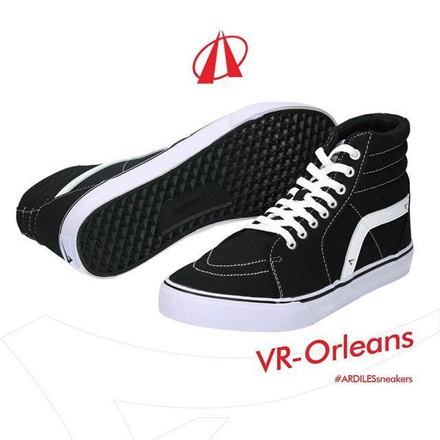 Seni jalanan menginspirasi desain sneakers Orleans. Diperuntukkan bagi kalian yang suka jalan dan jago gambar, Ardiles memproduksi alas kaki ini dengan material lateks organik yang fleksibel dan bandel. Segera dapatkan di toko sepatu terdekat! www.ardilesmetro.com  #ardiles #ardilessneakers #sneakers #indonesia #madeinIndonesia #NaturalRubber #doodle #fashion #pictoftheday #ootd #casual #keren #kekinian #livefolkindonesia #traveling #jalan2man #indie #jakarta #bekasi #surabaya #medan…