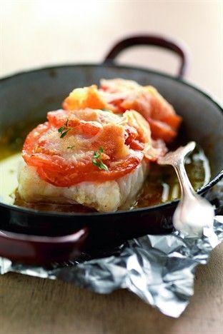 Lieu braisé à la tomate et au parmesan - Larousse Cuisine