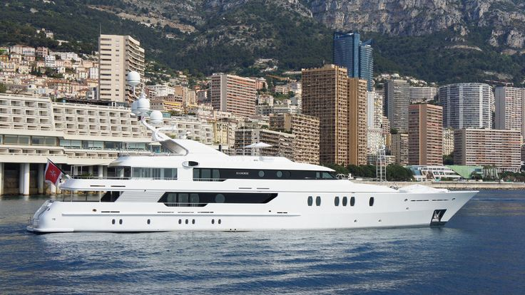 The 52 metre Amels motor yacht Seahorse, listed for sale by Vesa Kaukonen at KK Superyachts in Monaco, has had a €1,000,000 price reduction