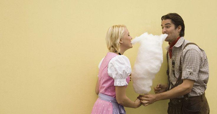 ¿Cómo puedo hacer algodón de azúcar sin una máquina?