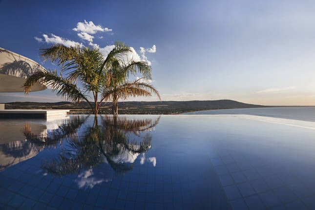 the literal definition of an infinity pool mt martha. Black Bedroom Furniture Sets. Home Design Ideas