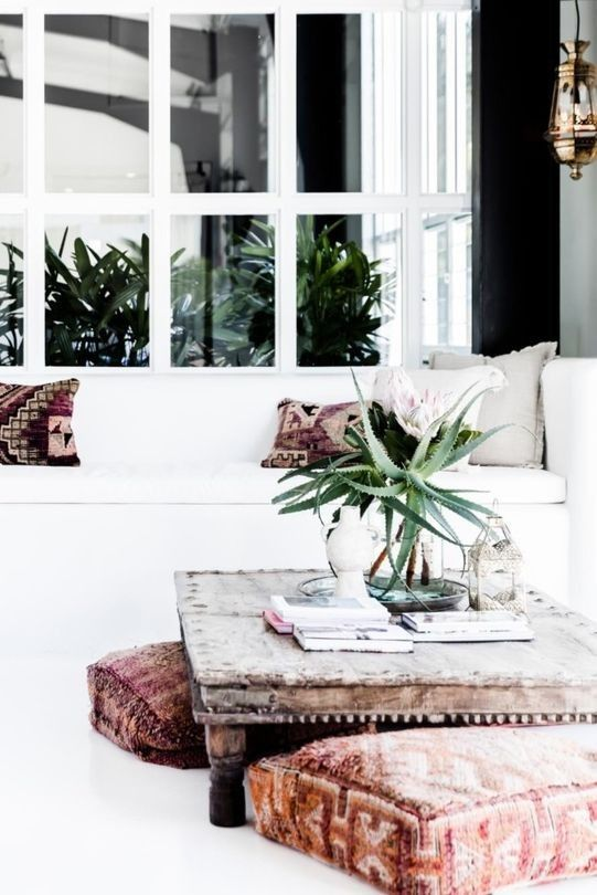 A BOHEMIAN CHIC STYLE OFFICE IN BYRON BAY