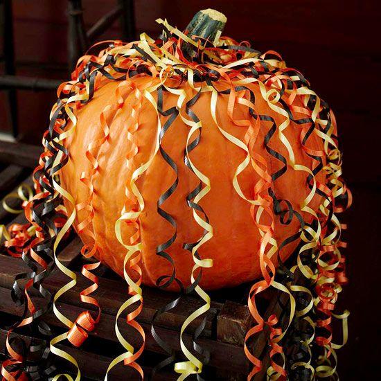 Curling-Ribbon Party Pumpkin