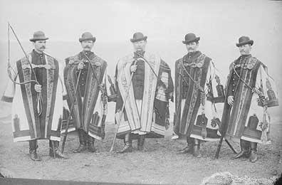 Uradalmi gulyások (Sarkad, Hajdú-Bihar)  Felvétel: Békés Gyula, 1900 körül