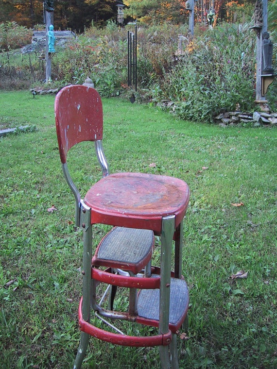 vintage red metal stool with pull out steps & 27 best vintage step stools images on Pinterest | Step stools ... islam-shia.org