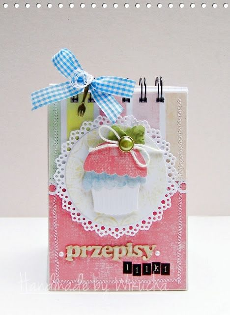Notebook on the recipes with cupcake
