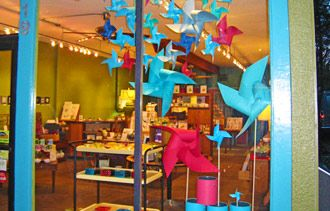 Great for eye-catching! - 7 Tips to Create Winning Window Displays