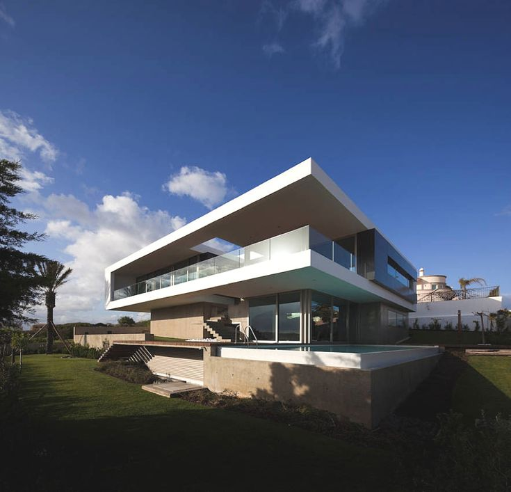 Contemporary Home Lagos, Portugal - http://www.adelto.co.uk/contemporary-home-lagos-portugal/       Portugal-based design studio Mario Martins Atelier has designed the House in Lagos. Completed in 2010, this contemporary home is situated in the coastal town of Lagos, in the Barlavento region of the Algarve, Portugal.