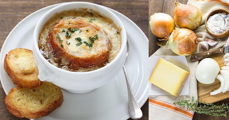 RECEPT: Cibuľová polievka podávaná po zapečení. Prečo ju francúzi konzumujú po oslavách?