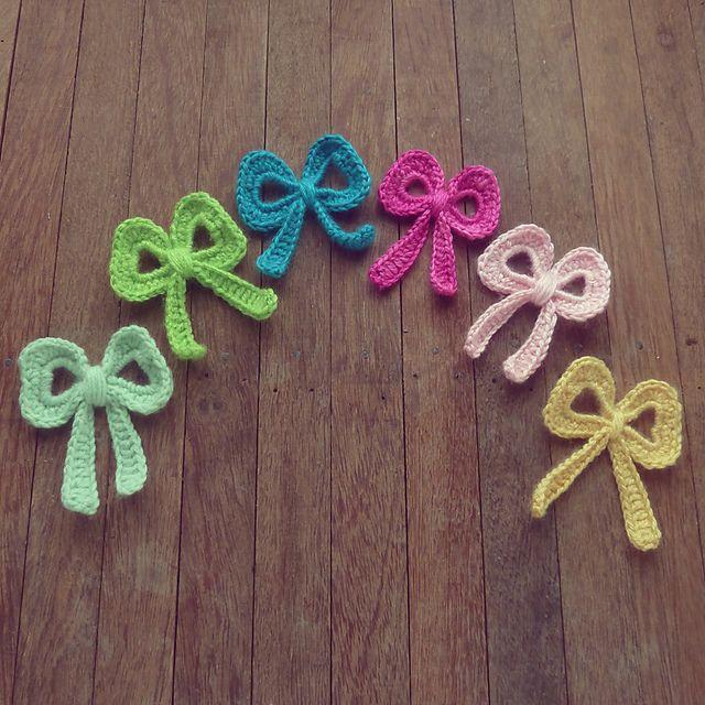 Crochet Bow : Crochet bow pattern Crocheting Pinterest