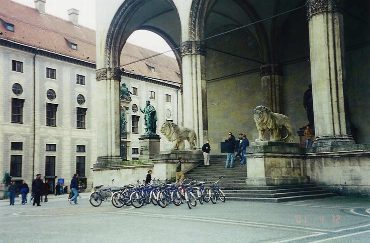 On a Mike's Bikes tour in Munich
