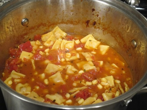 Tortellini Soup :: MollieSoup Routines, Huge Soup, Soup Fans Exceptional, Tortellini Soup, Sunday Soup, Recipe Soup