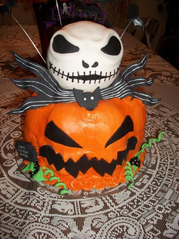 27 Best Bradleys Scary Pumpkin Birthday Cake Images On Pinterest