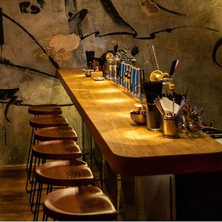А вы уже посетили новый бар CRAZY WINE 🍷на ул. Рубинштейна, 6, ? Нет ?! Тогда, советуем как можно скорее открыть для себя это воистину винное заведение Петербурга! Для того, чтобы насладиться не только изысканным бокалом вина, но и сполна оценить работу компании DEREVODECOR, которая изготовила полы и барную мебель.  #derevogroup #crazywinespb #decor #woodwork #woodworking #furniture #design #interiordesign #interior #horeca #parquet  #мебель #барнаямебель #дерево #лофтдизайн #лофтинтерьер…