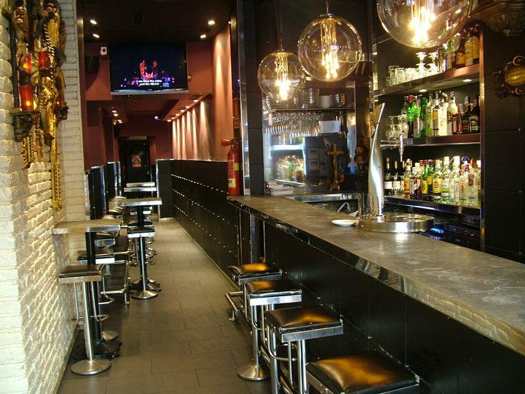 Ideas de #Bar, Restaurante, estilo #Contemporaneo color  #Negro,  #Plateado,  #Bronce, diseñado por MR-ARQUITECTURA TECNICA  #CajonDeIdeas
