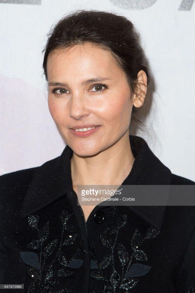 Photo d'actualité : Actress Virginie Ledoyen attends the Elie Saab...