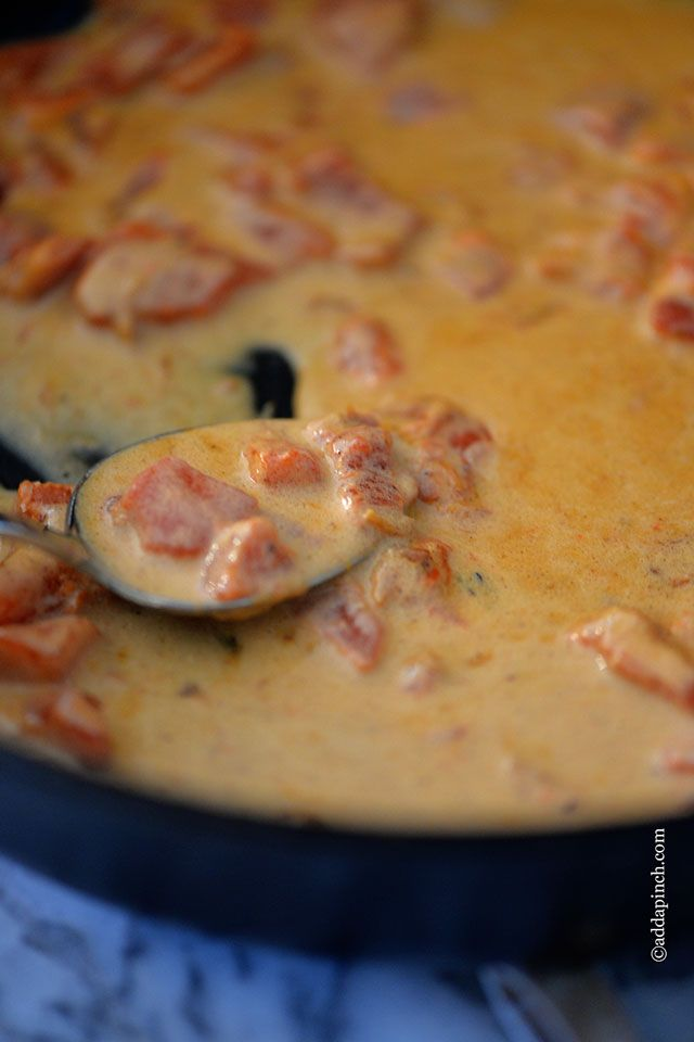 Roasted Red Pepper Cream Sauce Recipe ~ Cream sauce makes a great addition to so many pasta, chicken, or other dishes.