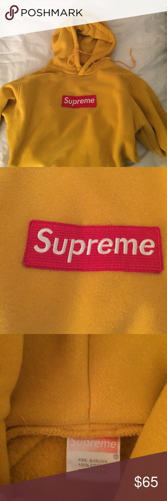 Supreme Hoodie *Pre-owned* Lightly worn Supreme Box Logo Hoodie Size Medium This was a gift so I cannot guarantee auth.  **Please review all pictures before purchasing** Supreme Tops Sweatshirts & Hoodies
