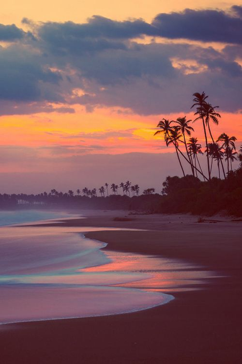 Tangalle beach sunset, Sri Lanka, by Charly LATASTE, on 500px.(Trimming)