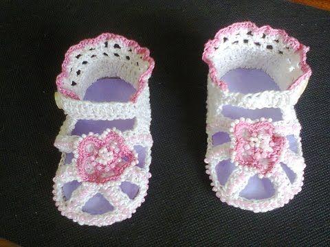 МК Как связать детские босоножки крючком ч.1. MK How to link children's sandals hook p.1. - YouTube