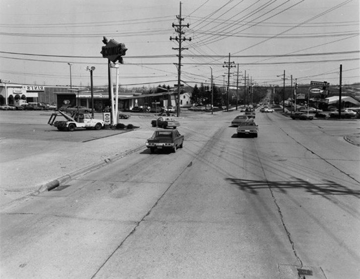 Broadview And Pleasant Valley Roads Parma Ohio 1950 Cleveland Memories Pinterest