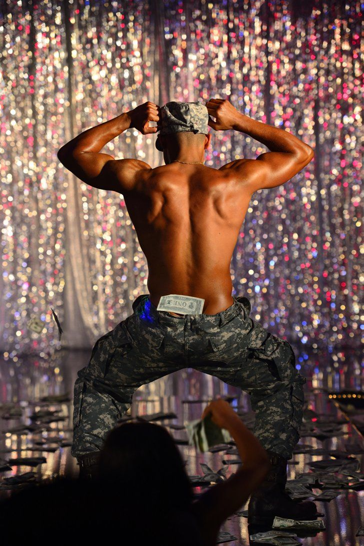 Pin for Later: These Steamy Chocolate City Pictures Will Make You Forget All About Magic Mike  Oh yes, I like it very much.