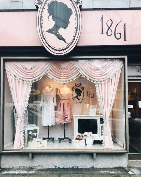 1861 Vintage store #boutiqueshop   – Sewing studio