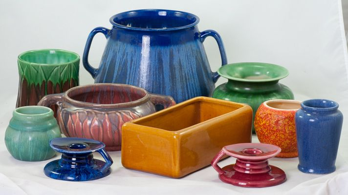Colourful Melrose by Hoffman Pottery