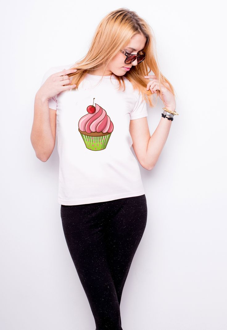 Cupcake T-shirt   http://allegro.pl/listing/user/listing.php?us_id=20870228